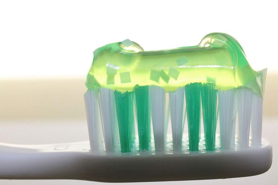 cannabis-mouthwash-cbd-cbg-dental-plaque-study